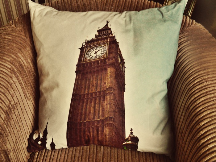 Bags-of-Love-Big-Ben-Cushion-2
