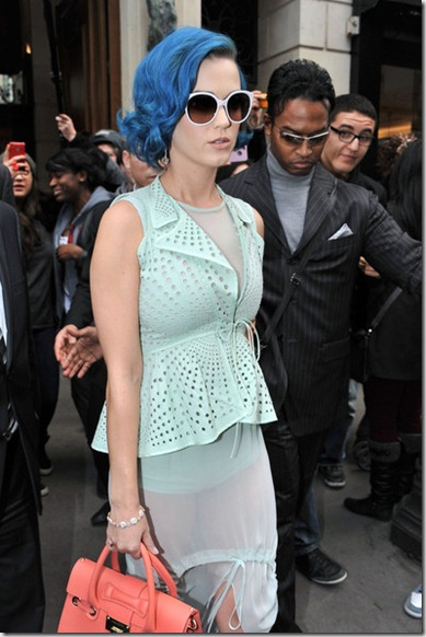 Katy Perry Katy Perry Visits Paris Fashion LantFjNVGxHl