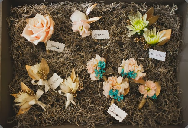 bouts & corsages  Spencer Combs photo and a day in provence floral design