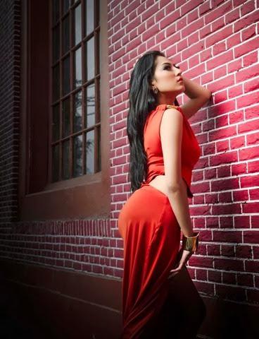 Foto Hot Seksi Model IGO Ayu Aulia