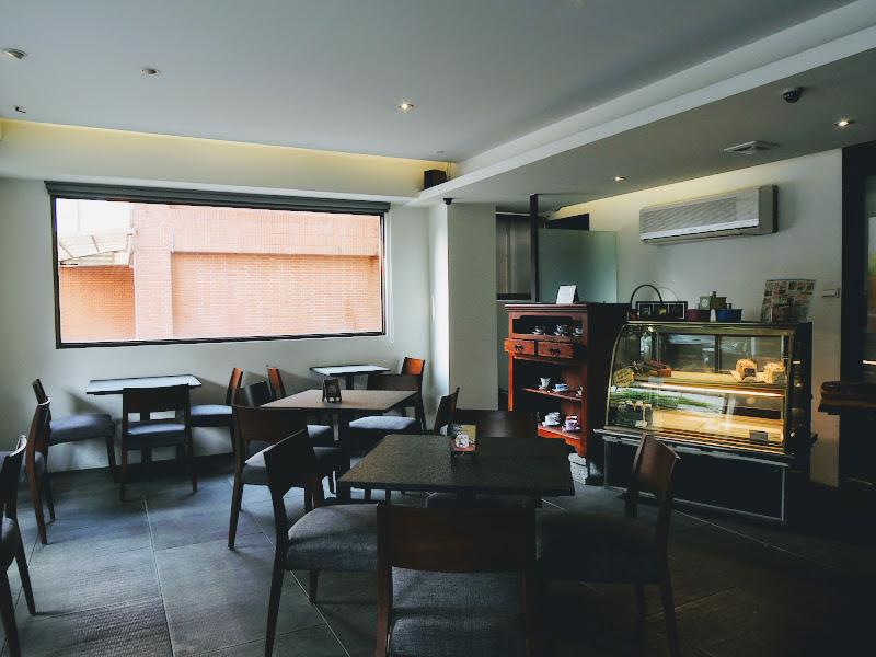 哈亞極品咖啡 Haaya's Coffee 冷藏櫃.jpg