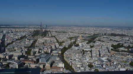 Things to do in Paris: get a great view from Montparnasse Tower