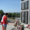 Туњице код Новог Града, 5.8.2012, Делегација омладине Црвеног крста Новог Града полаже цвијеће страдалим Србима.