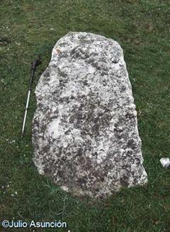 Menhir - raso de Legaire - Andoin - Álava