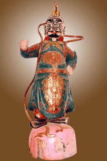 di-tich-chua-hoi-son-300-tuoi (6)