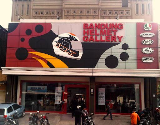 Bandung, tempat yang nyaman dan strategis. Melayani penjualan Retail