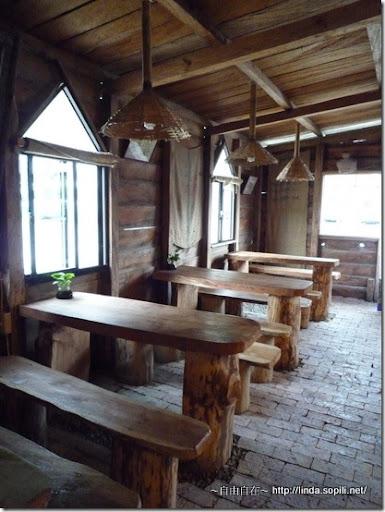 司馬庫斯-day2-咖啡店桌椅