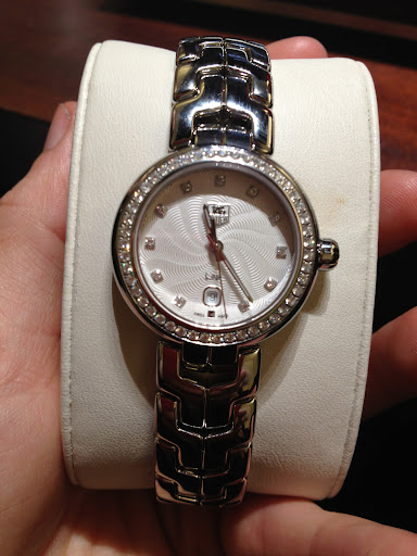 A new women's watch from Tag Heuer. The band is ergonomically designed and feels amazing on the wrist, and the diamond bezel is super elegant.