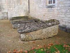 2011.11.01-011 sarcophages de l'abbaye St Samson La Roque