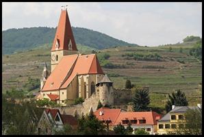 dur church on way to Melk_edited-1