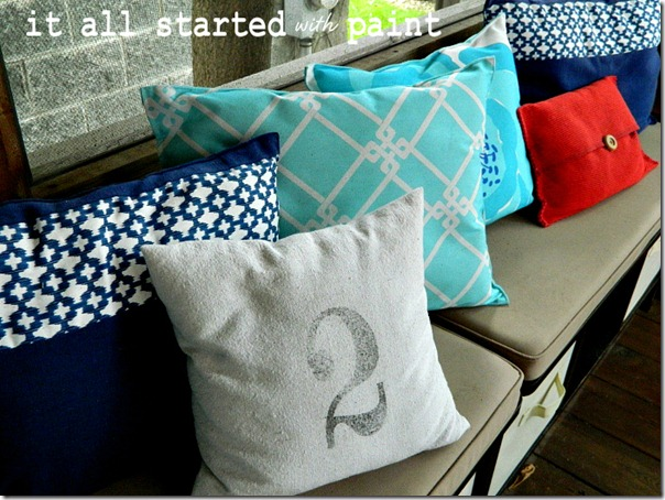 placemat_pillows_screen_porch
