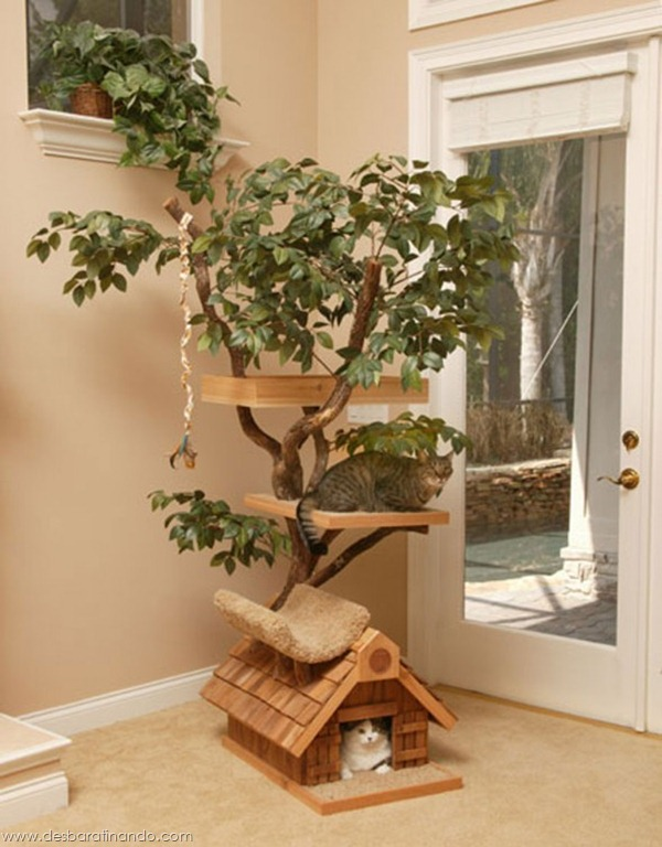 An-Awesome-Cat-Tree-House-by-Pet-Tree-House2