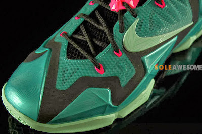 nike lebron 11 gr south beach 2 06 Nike LeBron XI South Beach Release Date (616175 330)