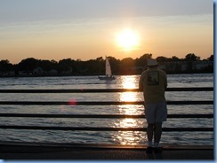 3709 Ontario Sarnia - St Clair River - Bill at sunset