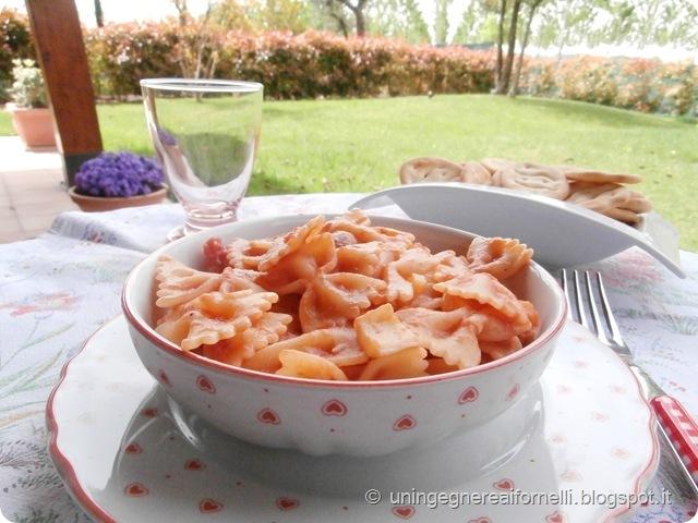 farfalle pasta fagioli borlotti seppie asparagi bianchi pomodoro