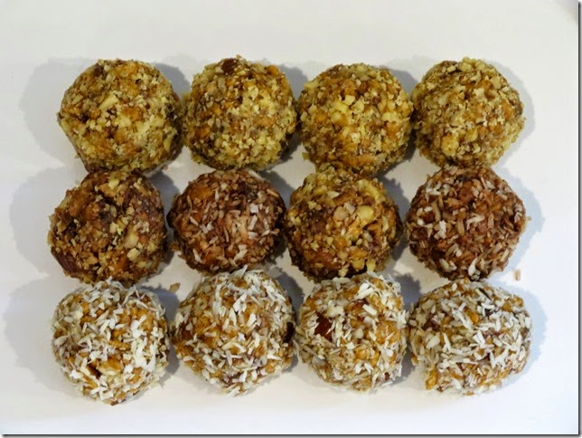 Aunt Helga's Candied Date Balls