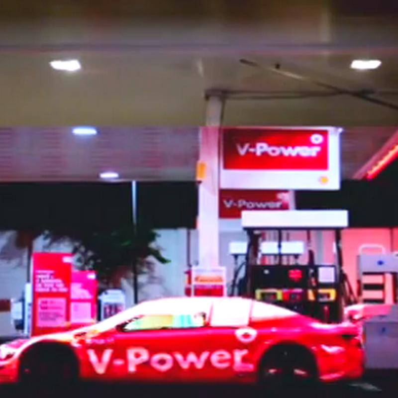Shell transforma tu auto a un auto de carreras