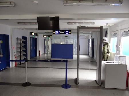 05. Control de securitate - Tuzla.JPG