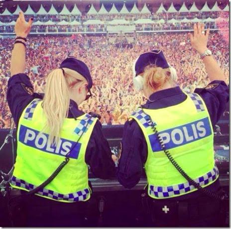 cops-fun-good-036