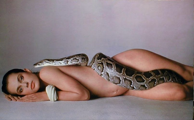 natassja-kinski-and-snake