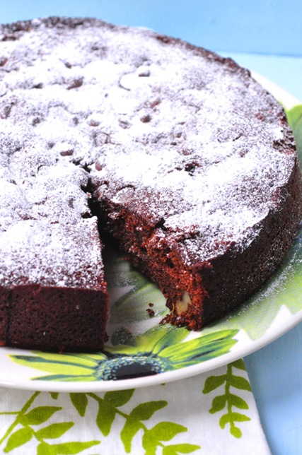 date-walnut-torte