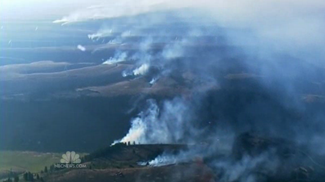 Aerial view of the Taylor Bridge fire in Washington state, 14 August 2012. NBC News