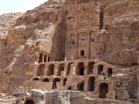Obiective turistice Petra: Morminte nabateene