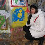 saluti da Maddalena Oddo - Praga...muro dedicato a John Lennon