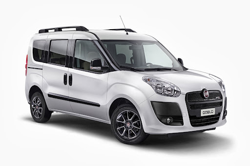 Yeni-Fiat-Doblo-Premio-Black-2013-2.jpg