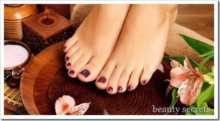 Μικρά-μυστικά-για-τη-σωστή-περιποίηση-των-ποδιών-www.beauty-secrets.gr_ (1)