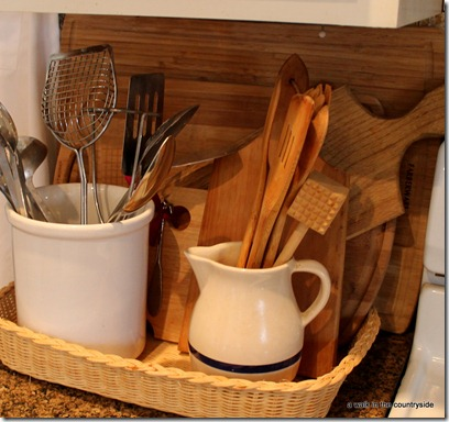 basket for cutting boards and utensils