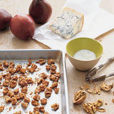 Pears with Maple Walnuts and Gorgonzola