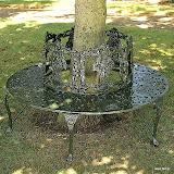 Aluminiowa ławka ogrodowa w kształcie okręgu