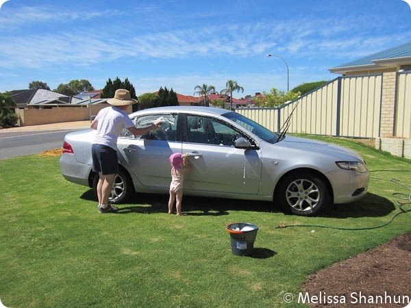 20111217 Wash the car 01