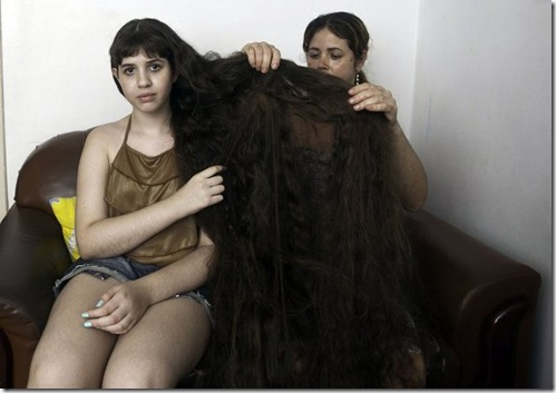 Longest-Hair-Of-12-Year-Old-Brazillian-Girl5