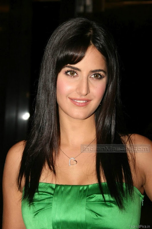 Katrina Kaif Beautiful Photos in Short Green Dress 12