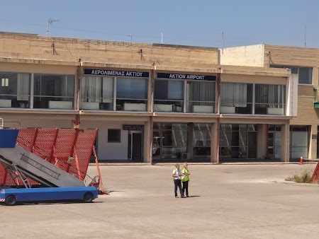 04. Aeroport Preveza - Lefkada.JPG