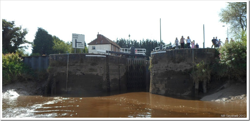 SAM_3006 Selby Lock