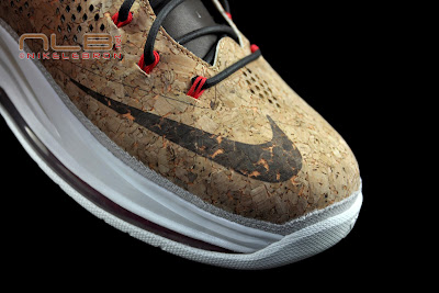 lebron10 nsw cork 40 web black The Showcase: NIKE LEBRON X Cork World Champions Shoes