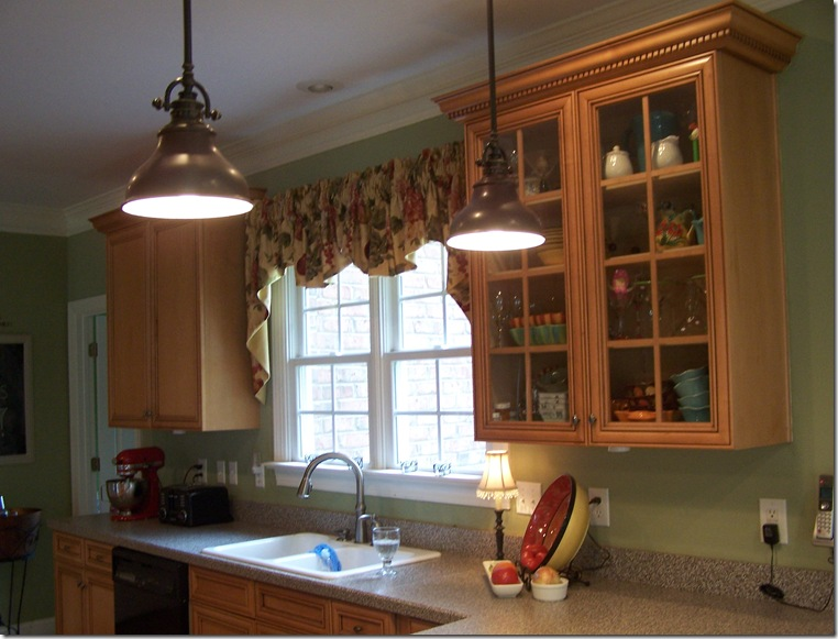 Kitchen lights 048