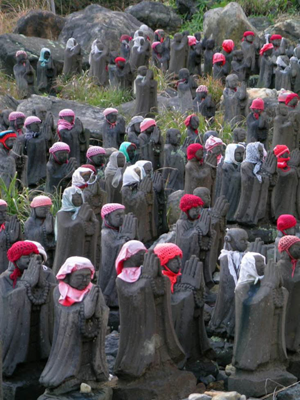 The Jizo Army Of Chausudake Volcano