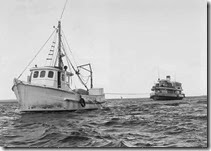 1012-Trawler-Julianne-towing-LD-across-JB---a