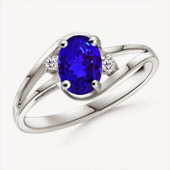 Tanzanite ring for valentine day