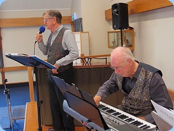 Len Hancy (vocals) and Peter Brophy (Korg Pa900) performing at the Concert. Photo courtesy of Dennis Lyons
