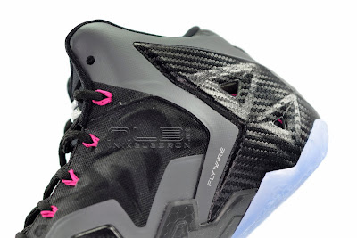 lebron11 miami nights 22 web white The Showcase: Nike LeBron XI Miami Nights Carbon