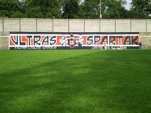 Ultras Grafitti - Page 4 16