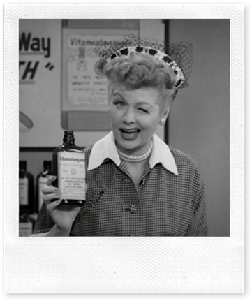 "Cena do episódio ""Lucy Does a TV Commercial"" da série I Love Lucy."