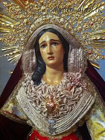 maria-santisima-del-sacromonte-pascua-y-mayo-y-besamanos-2013-alvaro-abril-(22).jpg