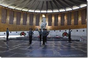 024-volgograd-mamaev kourgan-reléve de la garde
