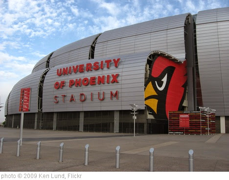 'University of Phoenix Stadium, Home of the Arizona Cardinals (3)' photo (c) 2009, Ken Lund - license: https://creativecommons.org/licenses/by-sa/2.0/